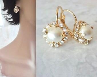 Gold pearl earrings, Swarovski pearl earrings,Gold pearl and crystal earrings, Halo pearl earring, Brides pearl earrings, Leaver back,SOPHIA