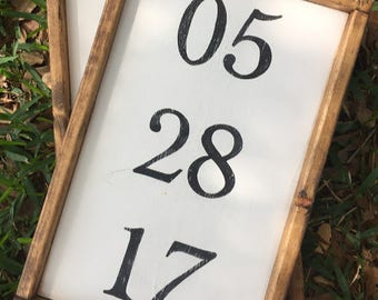 Custom Anniversary Date Sign