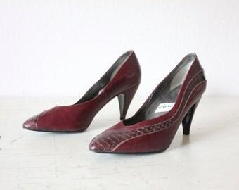 Vintage 80's Oxblood Snake Skin Stiletto Heels Sz 7.5/8AA