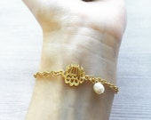 MashAllah Bracelet // Islamic Jewelry // Islamic Gift // Gold Allah Bracelet // Islam Jewelry // Muslim Jewelry // Muslim Gifts // Arabic