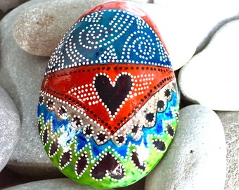 the messenger / painted rocks / painted stones / paperweights / rock art / boho art / hippie art / sea stones / rocks