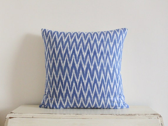 "Zig zag Ikat pillow cushion cover 20"" x 20"" in cornflower blue"