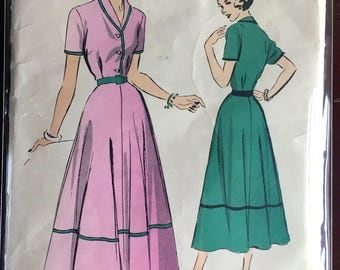 """1950's Advance One-Piece Shirt-waist Dress with Collar and Short Sleeves Pattern - Bust 30"""" - No. 5163"""