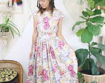 80s Cotton Floral Day Dress, Tea dress Picnic dress 80s-does-50s Spring Summer, Small 4096
