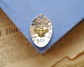 "Large Hammered Silver and Gold ""Queen Bee"" Spoon Pendant Charm 43mm (GC3057)"