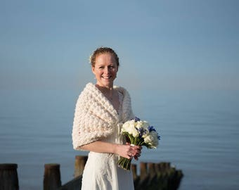 Bridal Jacket, Spring Wedding Bolero, Ivory Shawl, Bridal Bolero, Wedding Shrug, Crochet Bolero Shrug, Knit Bolero, Romantic Wedding Wrap