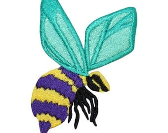 ID 0427B Bumble Bee Patch Wasp Hornet Insect Bug Embroidered Iron On Applique
