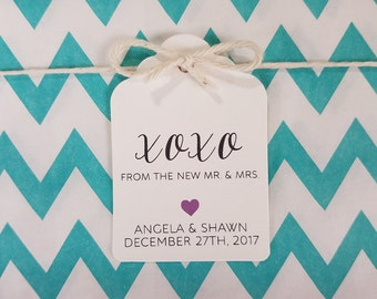 Wedding Gift Tags - Hugs and Kisses from the New Mr. & Mrs. - Customizable Personalized (WT1704)