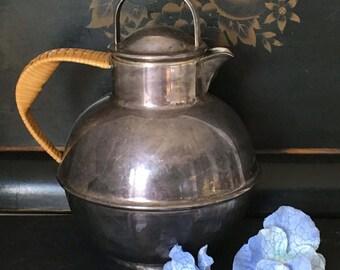 International Silver Co Teapot Rattan Wicker Handle Small Vintage Silver Plated Tea Pot