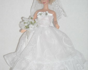 Barbie Princess Wedding Gown #4 & Accessories