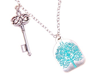 Necklace tree and key