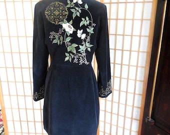 Vintage 90s Black Velveteen Coat Embroidered with Flowers
