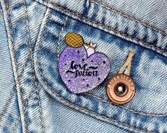Glitter Love Potion Enamel Pin Badge: 30mm cute heart potion bottle brooch, hat pin or lapel pin. For couple or Harry Potter enthusiast!
