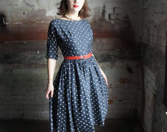 COMMA, COMMA, COMMA, 1950's Silkscreened Novelty Print Navy Dress