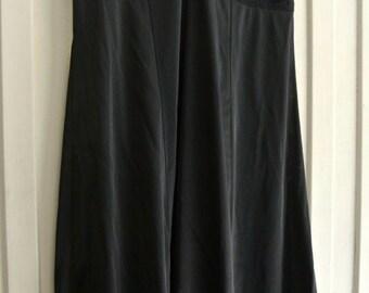 Ladies petticoat slip dress- Vintage item- Black nylon and stretch lace