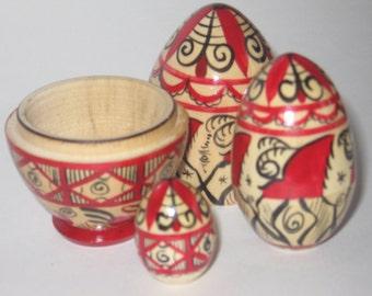 Nesting egg, matryoshka egg, 3 in 1, Mezen painting