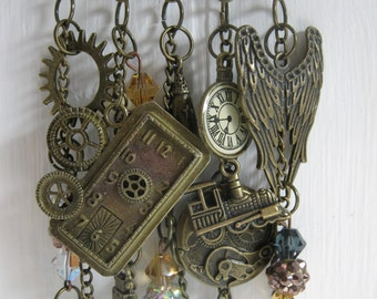 Steampunk Bronze Glitz Brooch