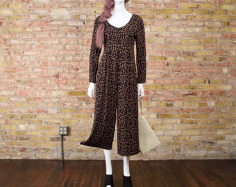 90s culotte jumpsuit / small jumpsuit / cropped romper / black one piece / long sleeve jumpsuit / cropped jumpsuit