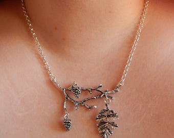 "Branches, leaves and pinecones necklace in silver tone ""Dream fall"""