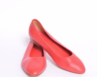 Vintage Red Leather Flats Shoes