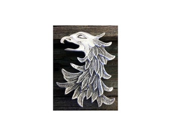 TC106.0720P - Eagle Head / Gryphon Brooch in Pewter