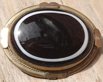 Vintage eye agate brooch