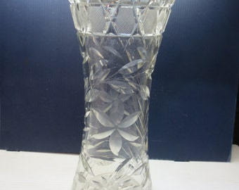 Large Cut Crystal Vase Etched Flowers, Crosshatch Design 12 Inches Tall