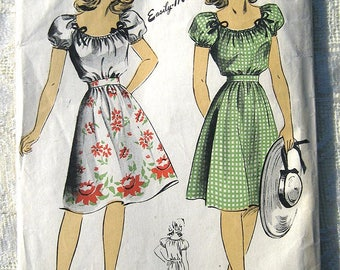 """40s Easy Peasant Blouse, Skirt. DuBarry 5854 Sewing Pattern. Size 13 Bust 31"""""""