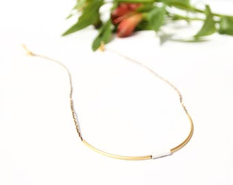 collar short wire and tubes in gold