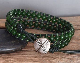 Mens Beaded Leather Double Wrap Bracelet, Canadian Jade Bracelet, Jade and Leather Jewelry, Mens Jade Bracelet, Mens Green Stone Beaded Wrap