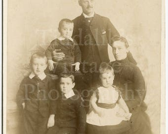 Cabinet Card Photo Victorian Large Family Mother Father Children Portrait by Melancthon Moore of Hastings England - Antique Photograph