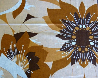 Unused rectangular cotton tablecloth & 6 matching napkins set - giant brown pop sunflowers - French 70s vintage