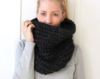SALE Chunky Knit Cowl | Charcoal