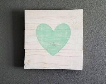 Heart Pallet Sign - Pallet Decor - Heart Sign - Rustic Nursery - Rustic Wedding