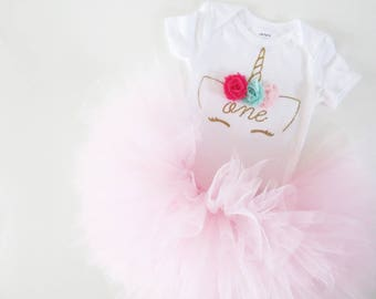 Baby Girl Unicorn First Birthday Outfit, Unicorn Tutu Outfit, Girls First Bday Tutu, Baby Unicorn 1st Birthday Outfit, One Unicorn Outfit