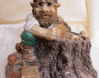 RARE Vintage Gnome Leprechaun Figurine Hiding Gold in Tree Stump UDC 1988