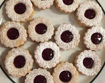 Linzer Spitzbuben Cookies