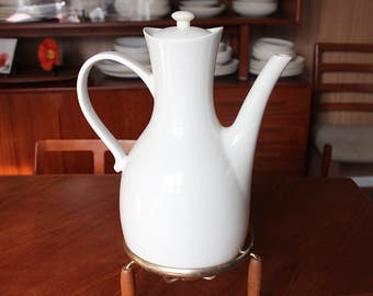 Fabulous Mid Century Modern Teapot and Warmer Made by Hall, Design by Ernest Sohn
