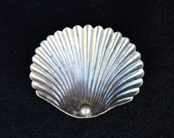 Vintage Sterling Silver Clam SHELL BROOCH Cini Style