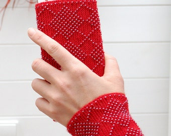 Cell Phone Pouch Red - Beaded Unique Smartphone sleeve - Hand knitted Red Phone Case with glass beads