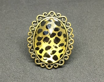 "Animal Print Antiqued Plated Gold Ring with 1.5"" Acrylic Stone"