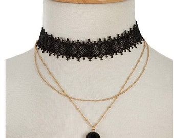 Choker with a black stone pendant