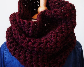 Chunky Reversible Cowl / Crochet Cowl Scarf / Infinity Cowl / Claret