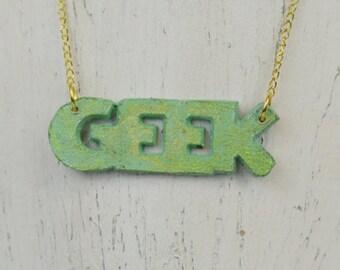 Très Geek Necklace