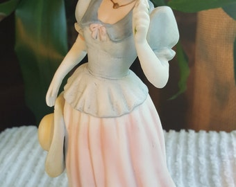 Vintage 1980's Home Interiors Homco Lady Figurine Lady Camille 1452 Porcelain 8.5""