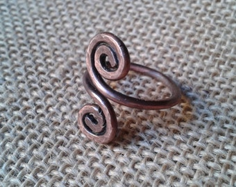 Copper ring, ring hammered, antiqued copper, spiral ring