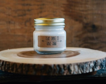 Family Cabin - Scented Soy Candle 7oz