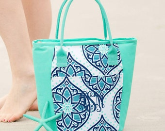 Tote with yeti | Etsy