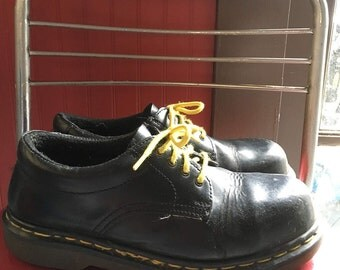 Vintage Dr. Martens, 1461 Classic Oxford (Steel toe)