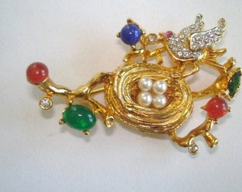 Rare Signed Craft Rhinestone Bird and Nest Brooch in 1979 Gold Tone Made By Gemcraft for Coro Vintage Jewelry